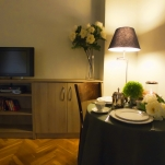 golden-stars-deluxe-budapest-apartments-bedroom-area-22