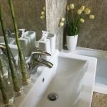 golden-stars-dream-budapest-apartments-bathroom-2