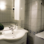 golden-stars-royal-budapest-apartments-bathroom-2