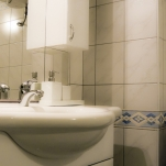 golden-stars-royal-budapest-apartments-bathroom
